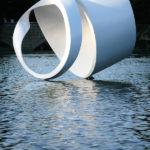 Gömbölyített hurok |2011 | polyester, üvegszál, vegyestechnika | 300x320x350 cm